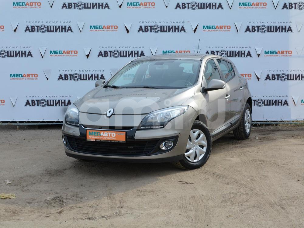 Renault Megane с пробегом, бежевый , отличное состояние, 2012 года выпуска, цена 525 000 руб. в автосалоне Мега Авто Калуга (Калуга, ул. Зерновая, д. 28)