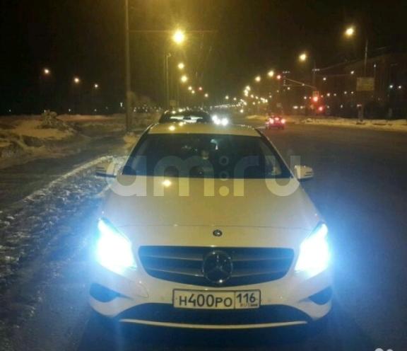 Подержанный Mercedes-Benz A-Класс, отличное состояние, белый перламутр, 2014 года выпуска, цена 1 200 000 руб. в республике Татарстане
