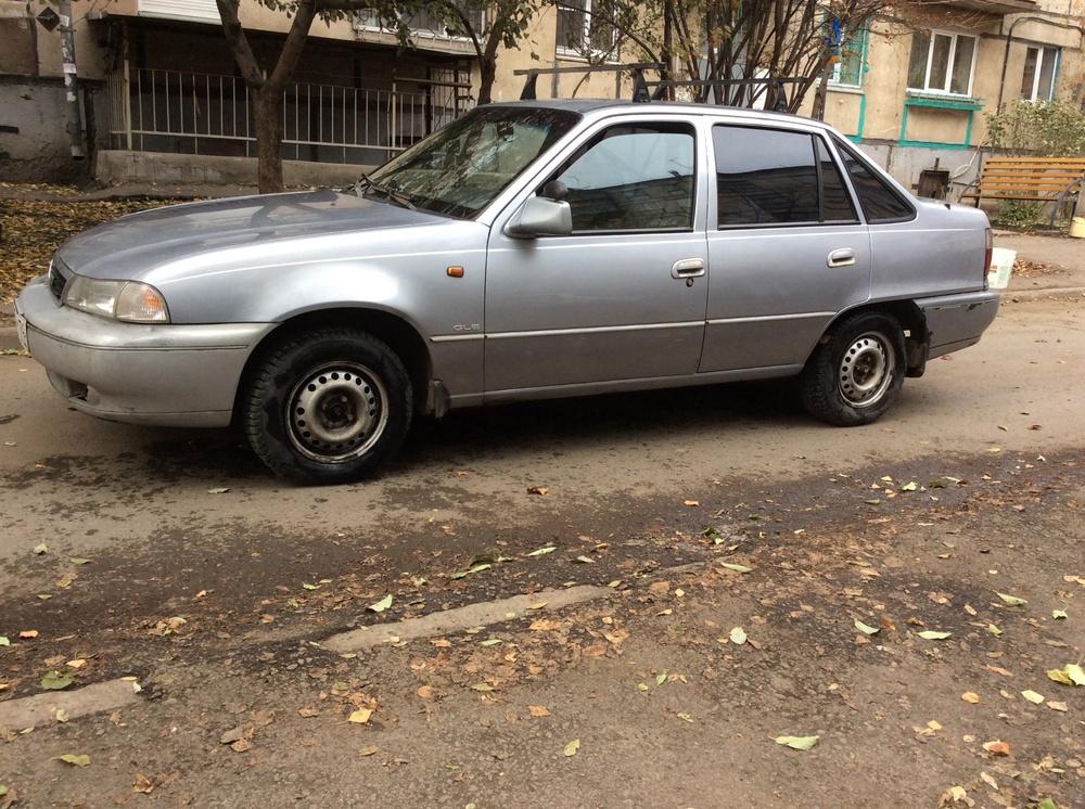 Подержанный Daewoo Nexia, хорошее состояние, серебряный , 1997 года выпуска, цена 73 000 руб. в Челябинской области