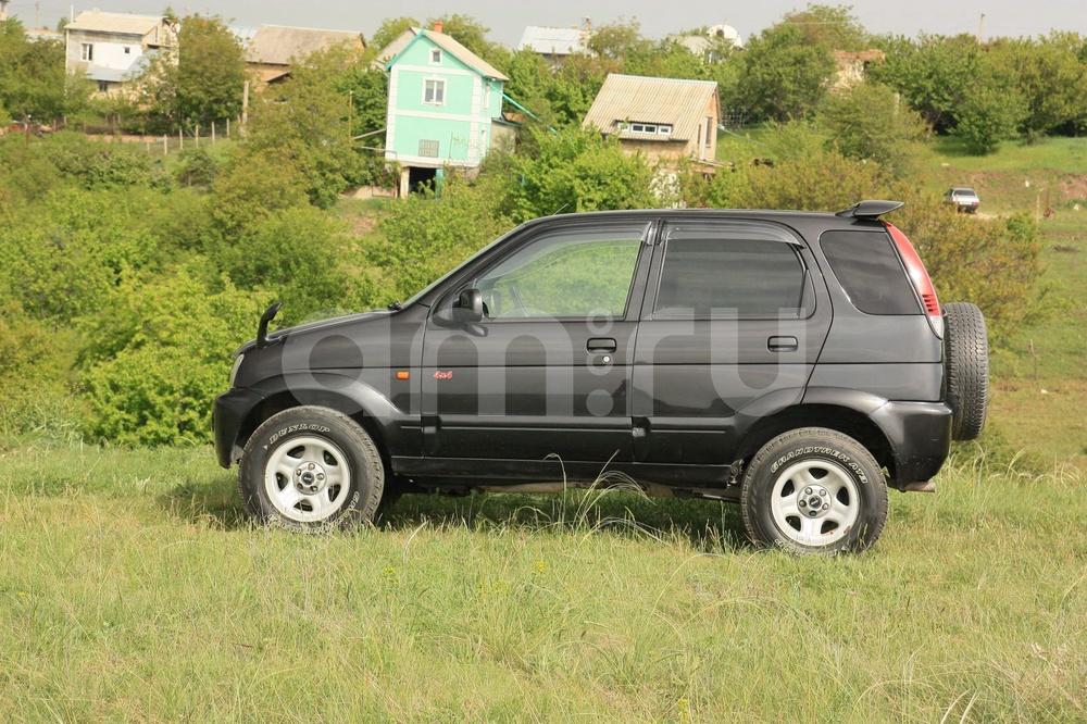 Подержанный Toyota Cami, отличное состояние, черный , 2002 года выпуска, цена 290 000 руб. в Крыму