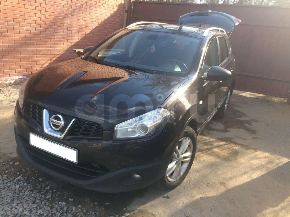 Подержанный Nissan Qashqai, отличное состояние, черный , 2010 года выпуска, цена 560 000 руб. в Санкт-Петербурге