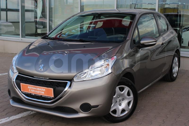 Peugeot 208 с пробегом, бежевый , отличное состояние, 2013 года выпуска, цена 460 000 руб. в автосалоне  ()