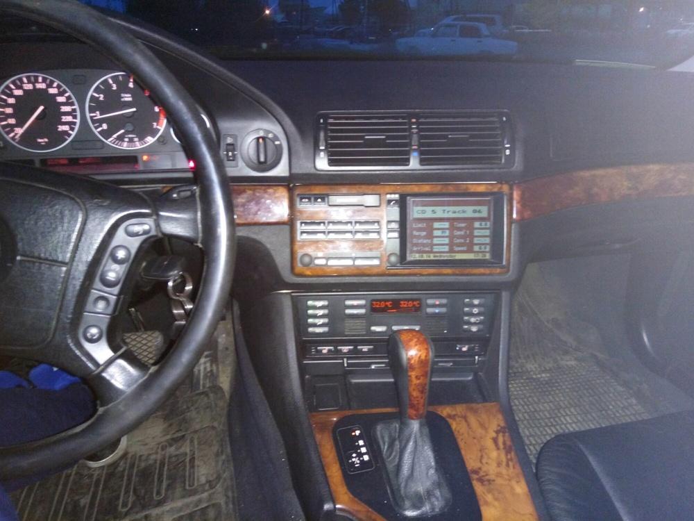 Подержанный BMW 5 серия, хорошее состояние, серебряный металлик, 2000 года выпуска, цена 260 000 руб. в ао. Ханты-Мансийском Автономном округе - Югре
