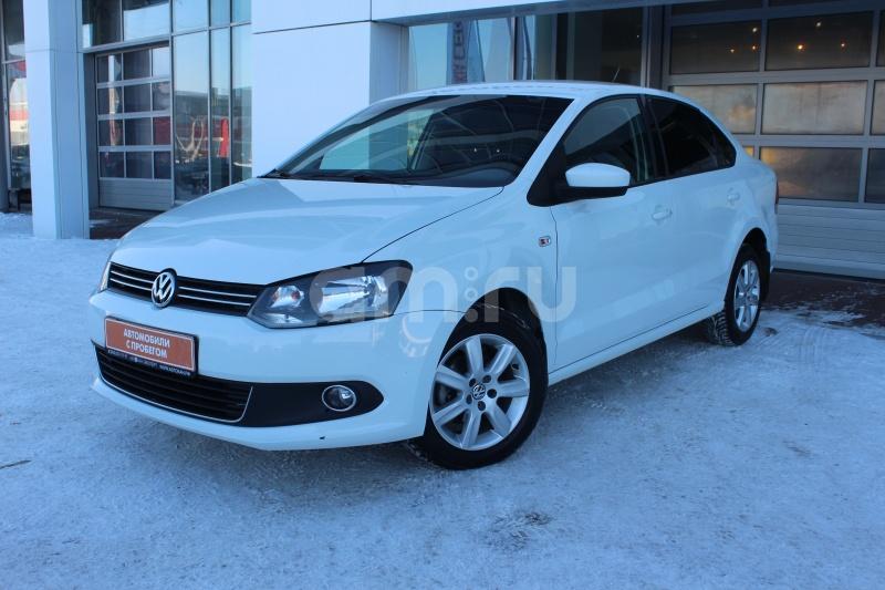 Volkswagen Polo с пробегом, белый , отличное состояние, 2015 года выпуска, цена 559 000 руб. в автосалоне Автобан-Запад (Екатеринбург, ул. Металлургов, д. 67)