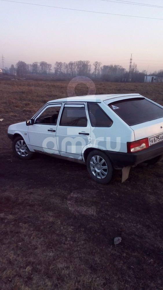 Подержанный ВАЗ (Lada) 2109, хорошее состояние, белый , 2000 года выпуска, цена 50 000 руб. в Кемеровской области