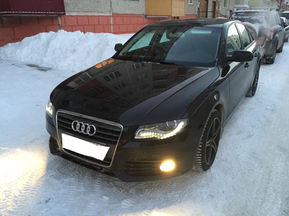 Подержанный Audi A4, хорошее состояние, черный , 2011 года выпуска, цена 950 000 руб. в ао. Ханты-Мансийском Автономном округе - Югре