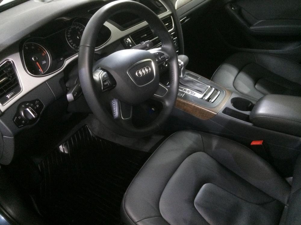Подержанный Audi A4, отличное состояние, синий перламутр, 2015 года выпуска, цена 1 550 000 руб. в Екатеринбурге