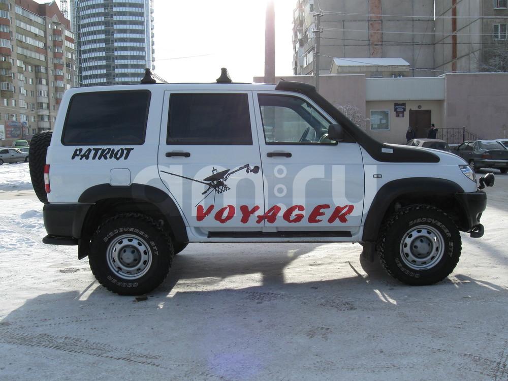 Подержанный УАЗ Patriot, отличное состояние, белый , 2014 года выпуска, цена 750 000 руб. в Челябинской области