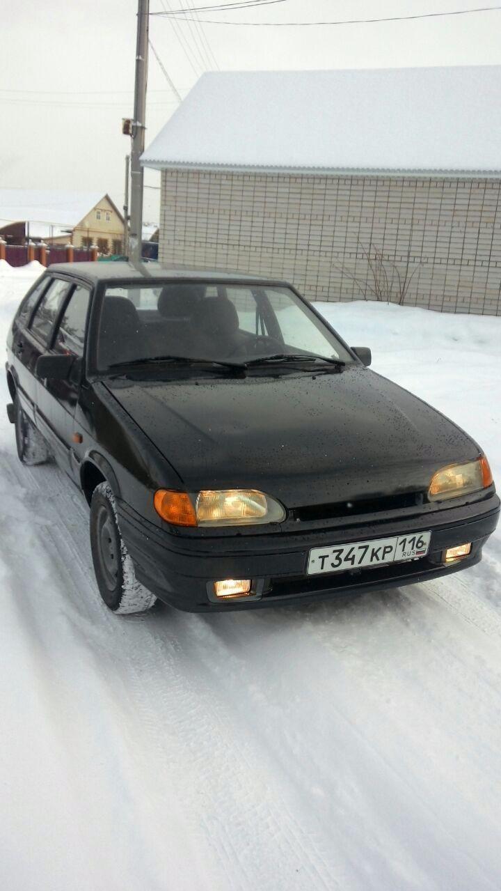 Подержанный ВАЗ (Lada) 2114, хорошее состояние, черный металлик, 2004 года выпуска, цена 85 000 руб. в республике Татарстане