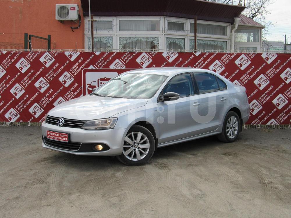 Volkswagen Jetta с пробегом, серебряный , отличное состояние, 2013 года выпуска, цена 629 000 руб. в автосалоне Приморский Центр Автокредитования (Санкт-Петербург, дорога Торфяная, д. 17)