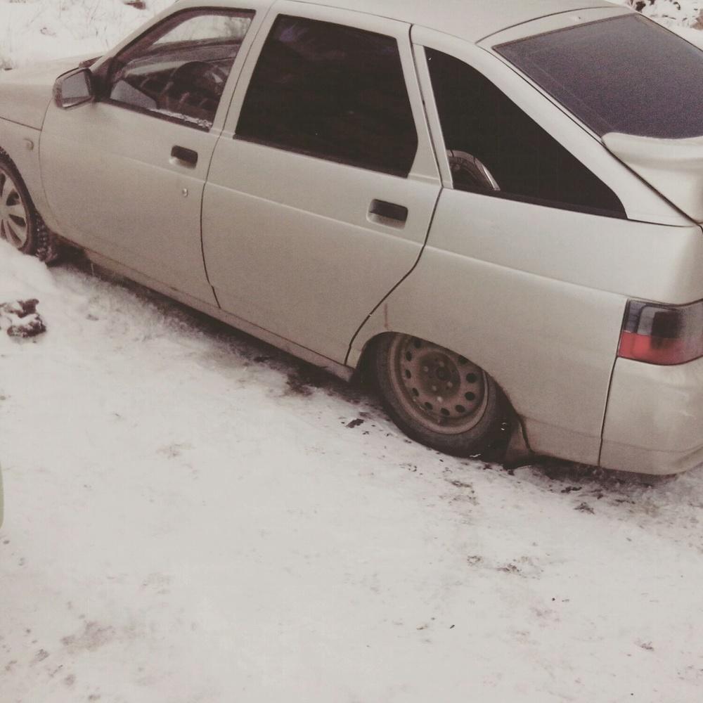 Подержанный ВАЗ (Lada) 2112, хорошее состояние, серебряный , 2004 года выпуска, цена 85 000 руб. в Челябинской области
