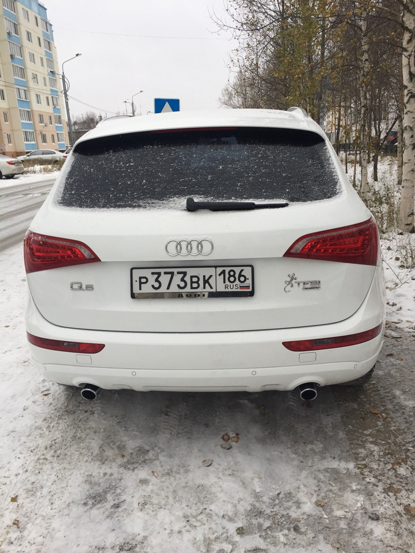 Подержанный Audi Q5, отличное состояние, белый , 2010 года выпуска, цена 1 200 000 руб. в ао. Ханты-Мансийском Автономном округе - Югре