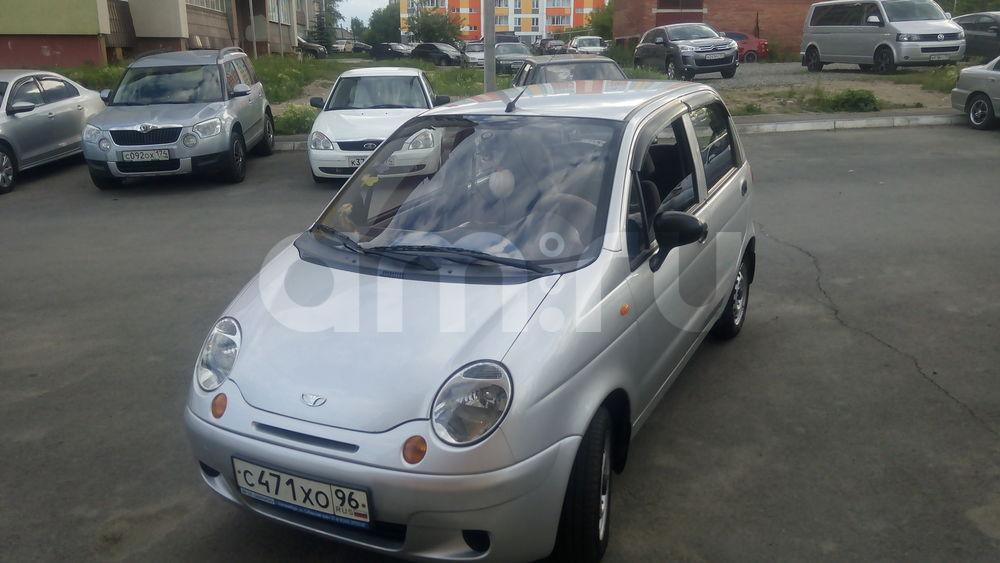 Подержанный Daewoo Matiz, хорошее состояние, серебряный , 2011 года выпуска, цена 180 000 руб. в Челябинской области