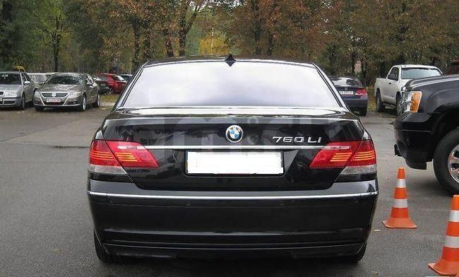 Подержанный BMW 7 серия, отличное состояние, черный , 2006 года выпуска, цена 750 000 руб. в Ульяновске