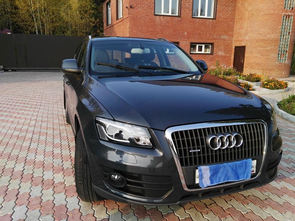 Подержанный Audi Q5, отличное состояние, серый перламутр, 2011 года выпуска, цена 1 200 000 руб. в ао. Ханты-Мансийском Автономном округе - Югре
