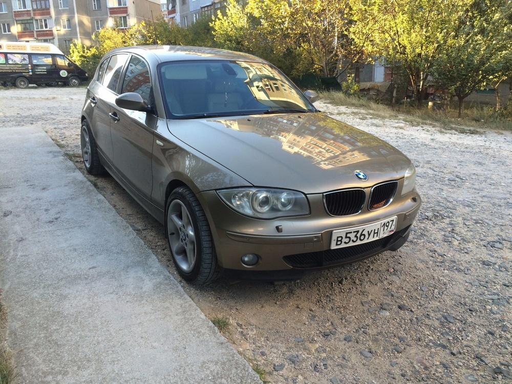 Подержанный BMW 1 серия, отличное состояние, бежевый , 2005 года выпуска, цена 450 000 руб. в Крыму