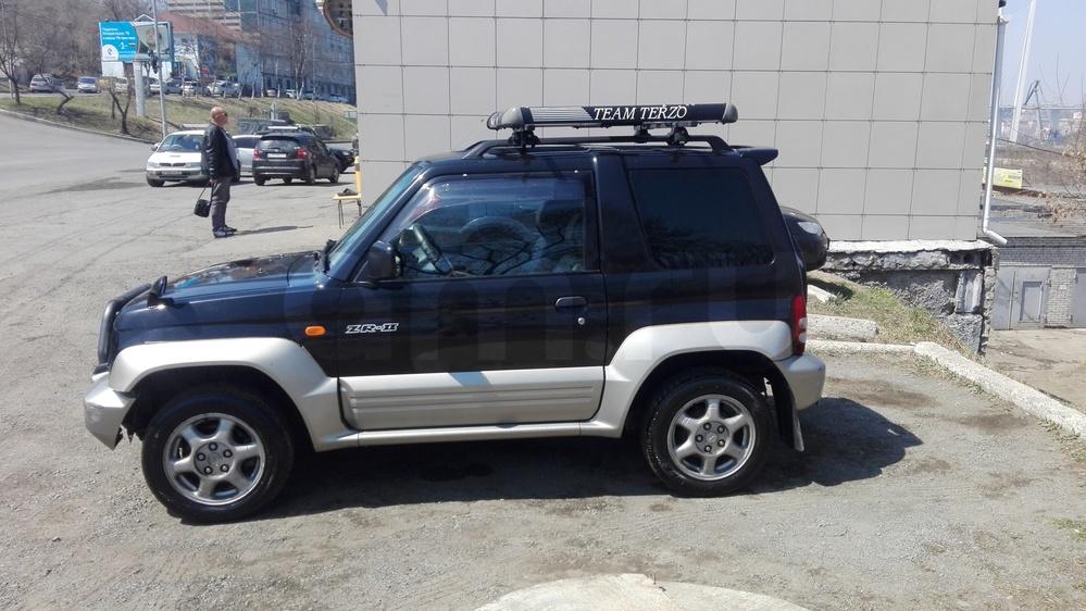 Подержанный Mitsubishi Pajero Junior, среднее состояние, черный , 1996 года выпуска, цена 190 000 руб. в Владивостоке
