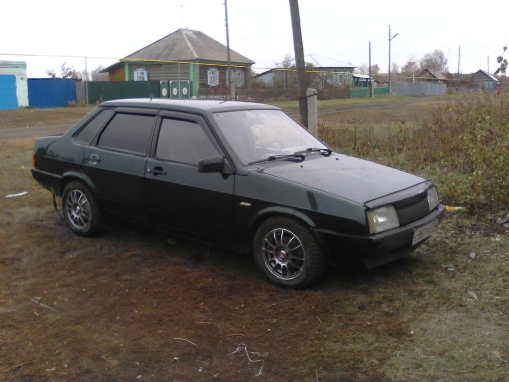 Подержанный ВАЗ (Lada) 2109, хорошее состояние, зеленый металлик, 2004 года выпуска, цена 75 000 руб. в Челябинской области