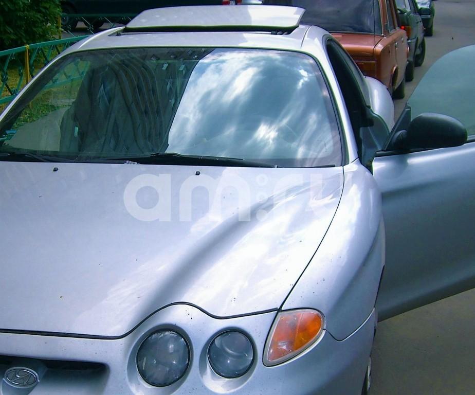 Подержанный Hyundai Tiburon, отличное состояние, серебряный , 2000 года выпуска, цена 260 000 руб. в Тюмени