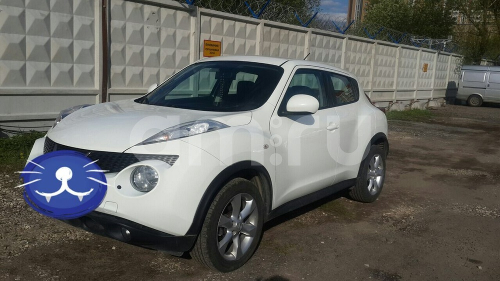 Подержанный Nissan Juke, отличное состояние, белый , 2012 года выпуска, цена 690 000 руб. в Москве