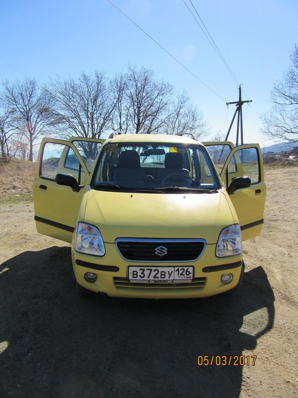 Подержанный Suzuki Wagon R, среднее состояние, желтый , 2000 года выпуска, цена 135 000 руб. в Крыму