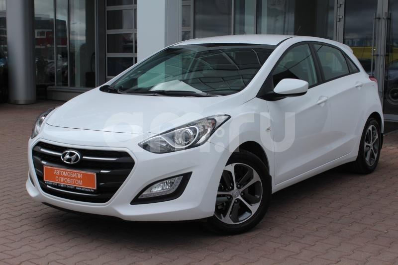 Hyundai i30 с пробегом, белый , отличное состояние, 2015 года выпуска, цена 789 000 руб. в автосалоне Автобан-Запад (Екатеринбург, ул. Металлургов, д. 67)