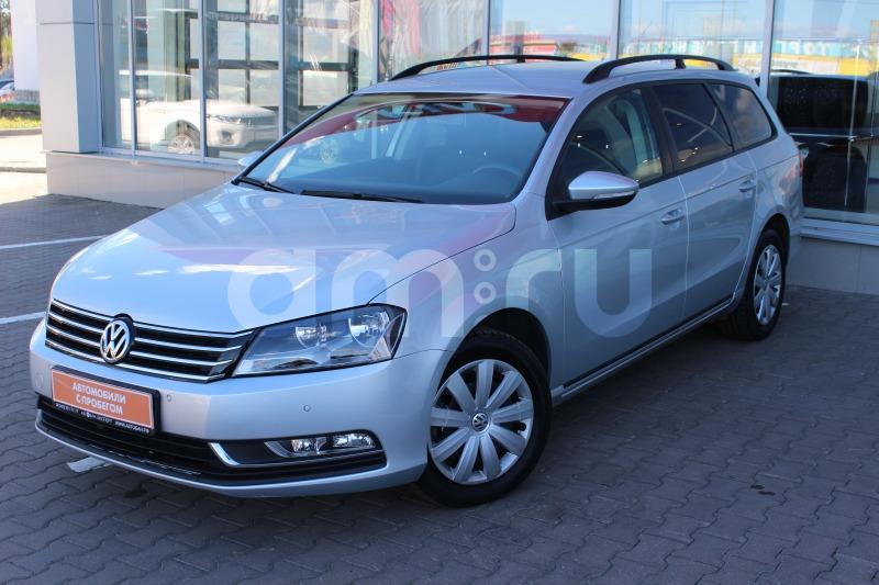Volkswagen Passat с пробегом, серебряный , отличное состояние, 2013 года выпуска, цена 910 000 руб. в автосалоне Автобан-Запад (Екатеринбург, ул. Металлургов, д. 67)