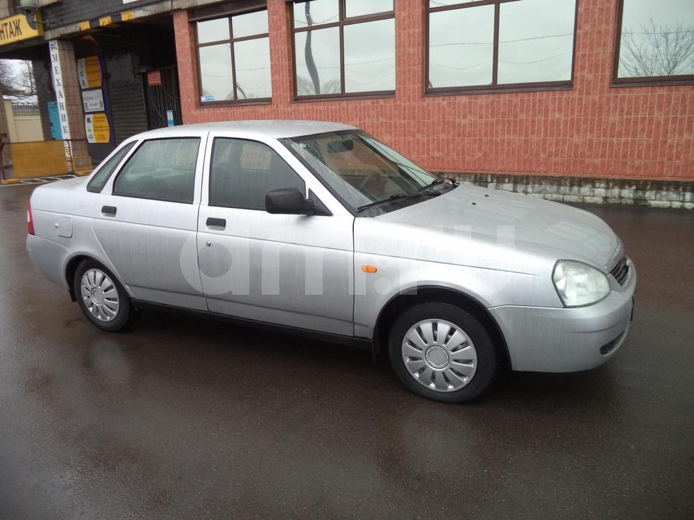 ВАЗ (Lada) Priora с пробегом, серебряный металлик, отличное состояние, 2009 года выпуска, цена 175 000 руб. в автосалоне Инфо Кар Плюс (Санкт-Петербург, дорога на Турухтанные острова, д. 10)
