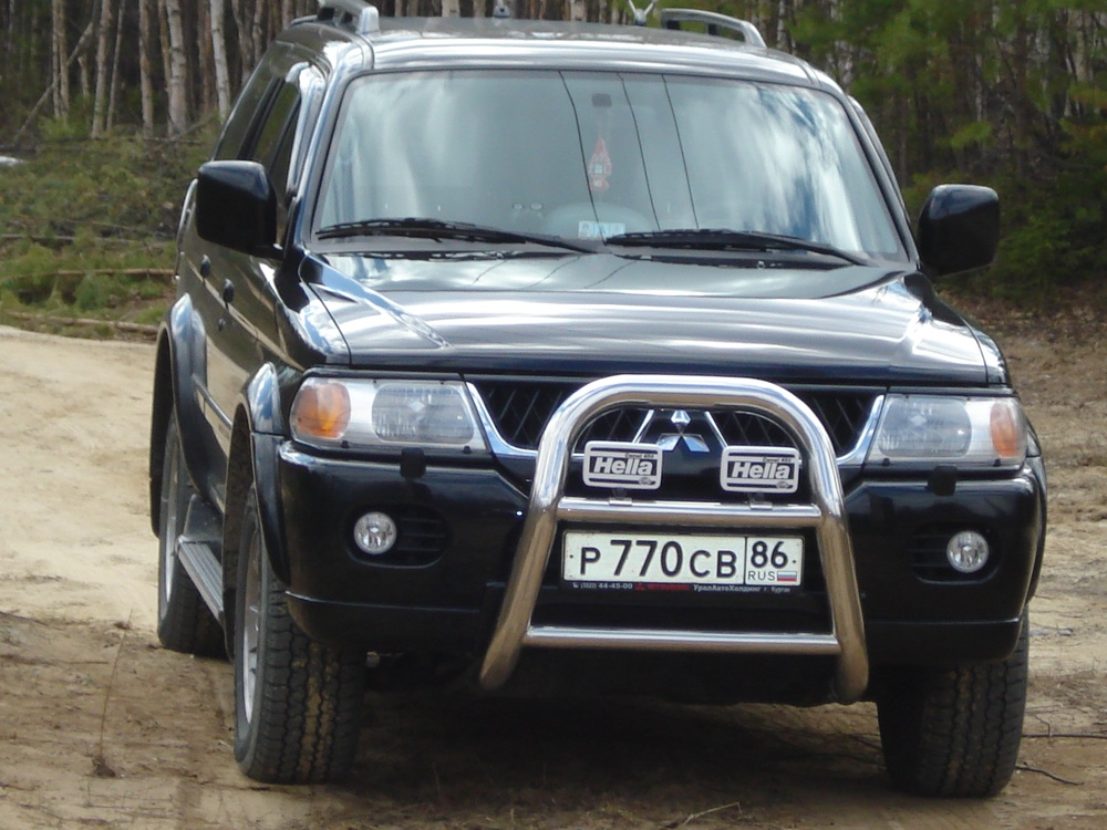 Подержанный Mitsubishi Pajero Sport, отличное состояние, черный , 2007 года выпуска, цена 900 000 руб. в ао. Ханты-Мансийском Автономном округе - Югре