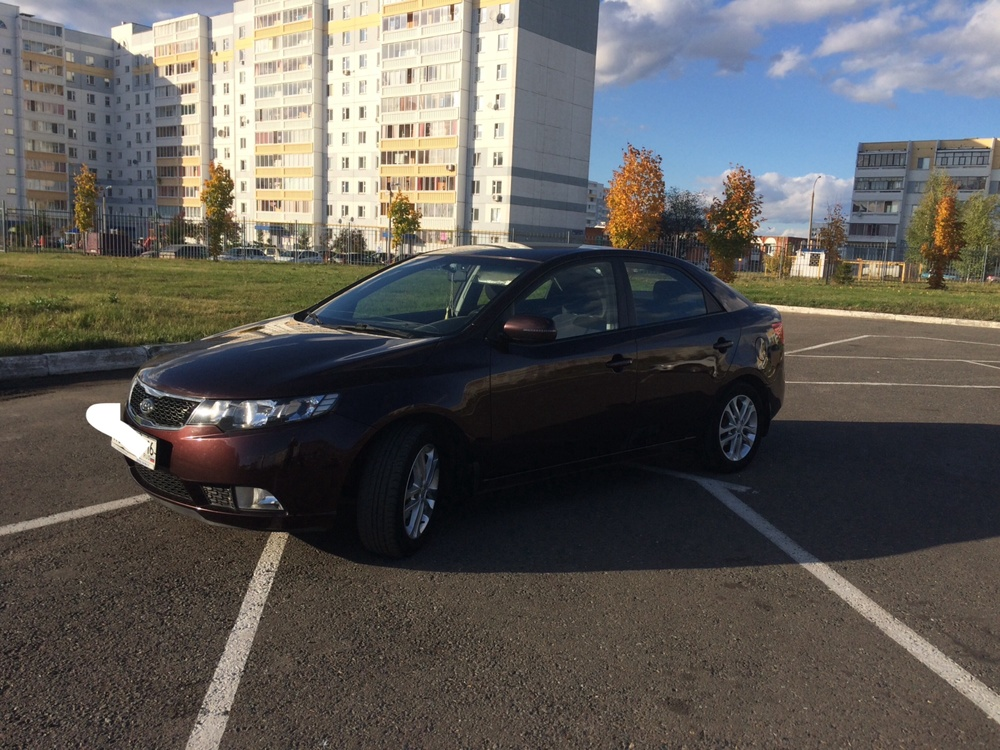 Подержанный Kia Cerato, отличное состояние, фиолетовый перламутр, 2011 года выпуска, цена 515 000 руб. в республике Татарстане