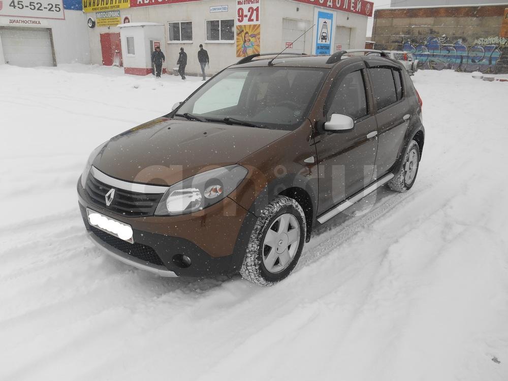 Подержанный Renault Sandero, отличное состояние, коричневый металлик, 2013 года выпуска, цена 450 000 руб. в Челябинской области