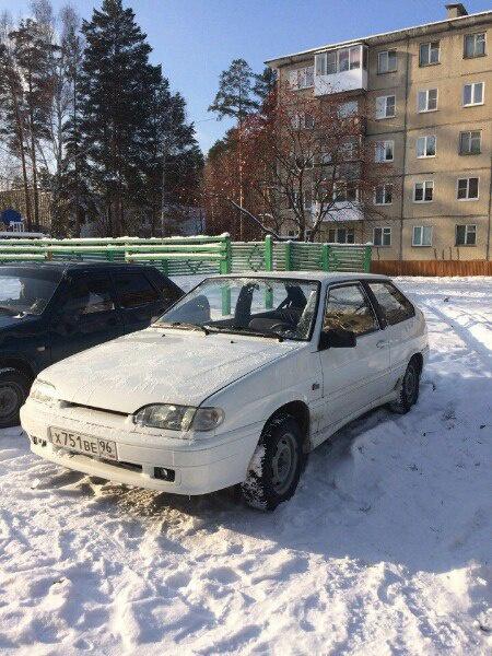 Подержанный ВАЗ (Lada) 2113, отличное состояние, белый , 2012 года выпуска, цена 180 000 руб. в Челябинской области