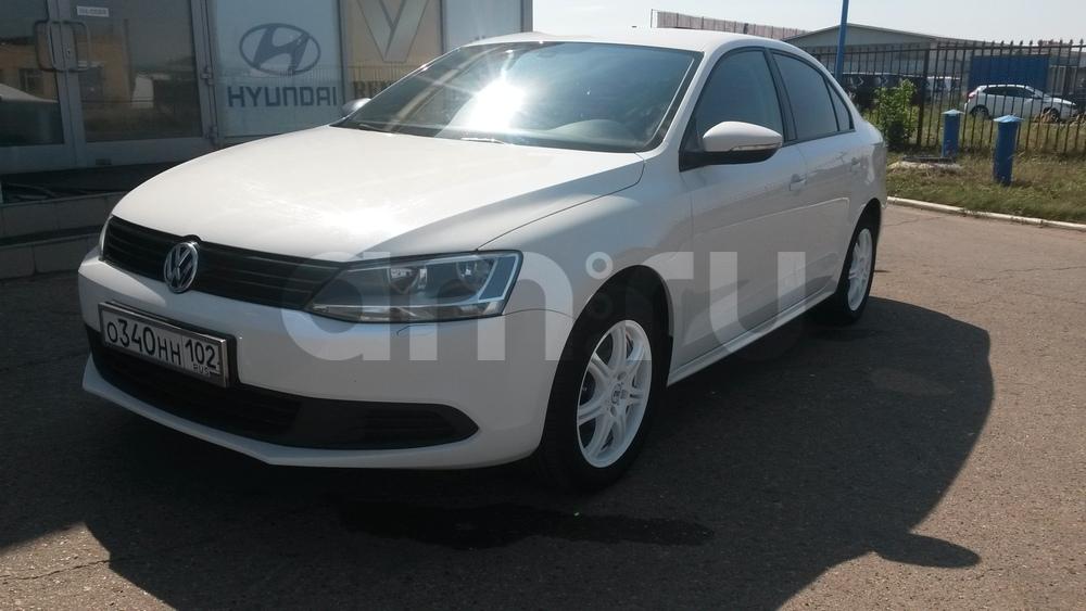 Подержанный Volkswagen Jetta, отличное состояние, белый , 2013 года выпуска, цена 650 000 руб. в республике Татарстане