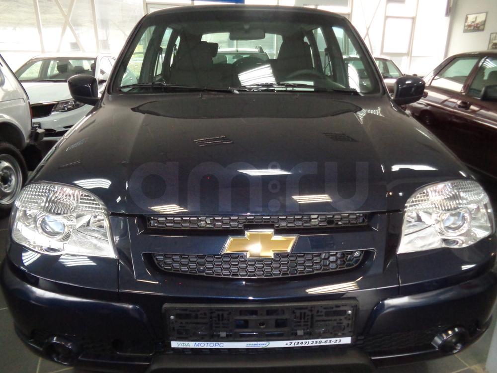 Chevrolet Niva с пробегом, синий , отличное состояние, 2016 года выпуска, цена 503 000 руб. в автосалоне УФА МОТОРС (Уфа, ул. Сарапульская, д. 35)