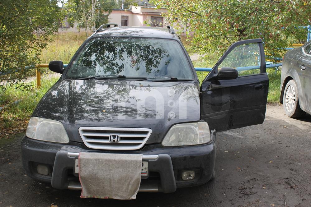 Подержанный Honda Orthia, битый состояние, черный , 1996 года выпуска, цена 100 000 руб. в ао. Ханты-Мансийском Автономном округе - Югре