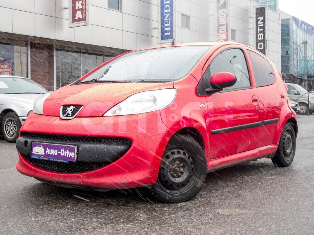Peugeot 107 с пробегом, красный , отличное состояние, 2008 года выпуска, цена 249 000 руб. в автосалоне Auto Drive (Санкт-Петербург, ул. Типанова, д. 21)