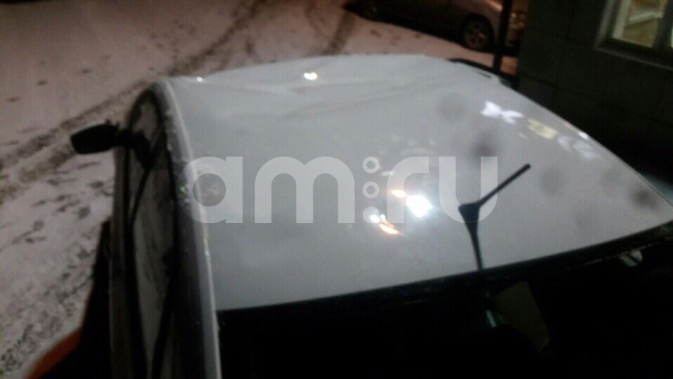 Подержанный Volkswagen Polo, битый состояние, белый , 2014 года выпуска, цена 180 000 руб. в ао. Ханты-Мансийском Автономном округе - Югре