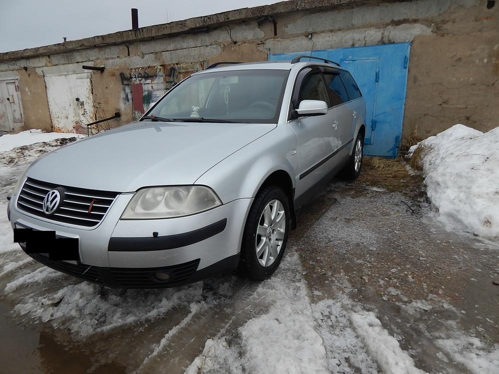 Подержанный Volkswagen Passat, хорошее состояние, серебряный , 2002 года выпуска, цена 295 000 руб. в Смоленской области