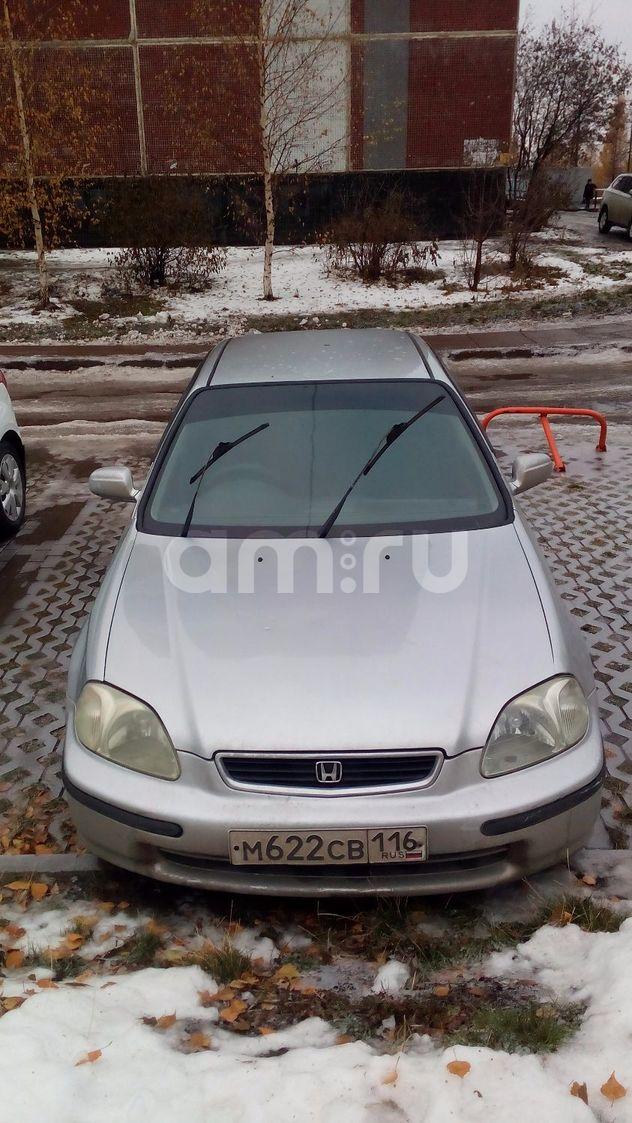 Подержанный Honda Civic, хорошее состояние, серебряный , 1996 года выпуска, цена 195 000 руб. в республике Татарстане