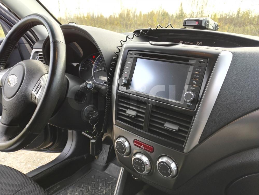Подержанный Subaru Forester, хорошее состояние, серый , 2011 года выпуска, цена 800 000 руб. в ао. Ханты-Мансийском Автономном округе - Югре