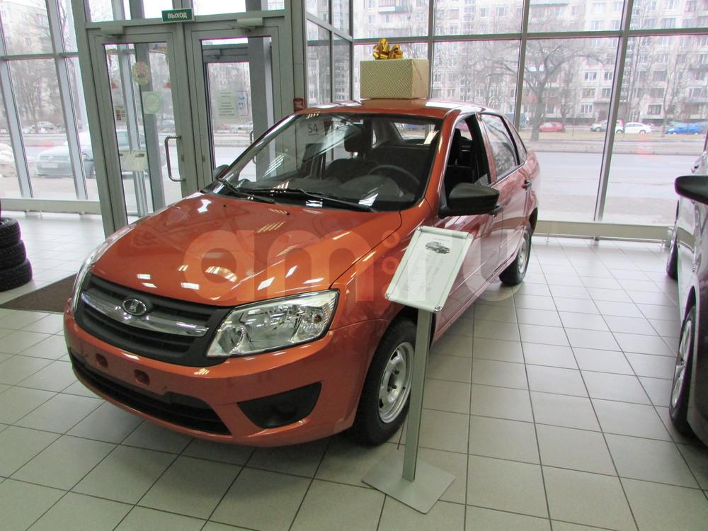 ВАЗ (Lada) Granta с пробегом, оранжевый , отличное состояние, 2016 года выпуска, цена 420 000 руб. в автосалоне  ()