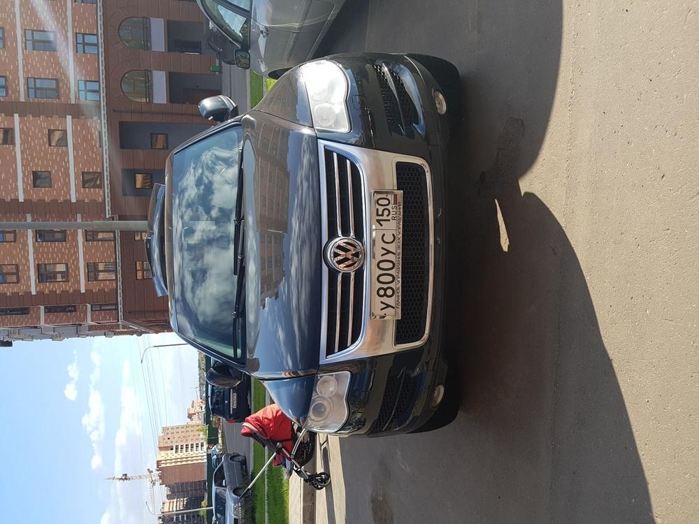 Подержанный Volkswagen Touareg, хорошее состояние, черный металлик, 2008 года выпуска, цена 764 000 руб. в Москве