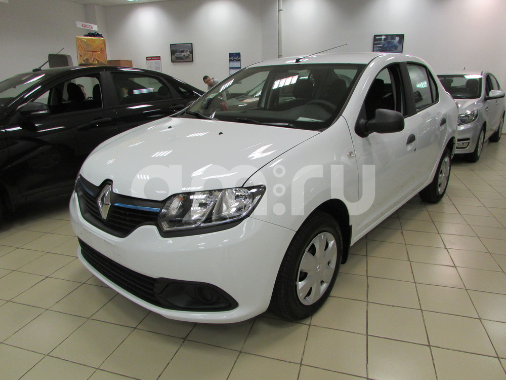 Renault Logan с пробегом, белый , отличное состояние, 2016 года выпуска, цена 532 000 руб. в автосалоне  ()