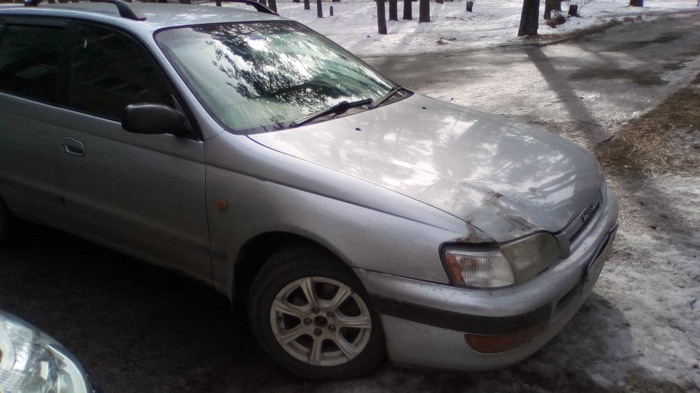 Подержанный Toyota Caldina, среднее состояние, серый , 1996 года выпуска, цена 175 000 руб. в Иркутской области