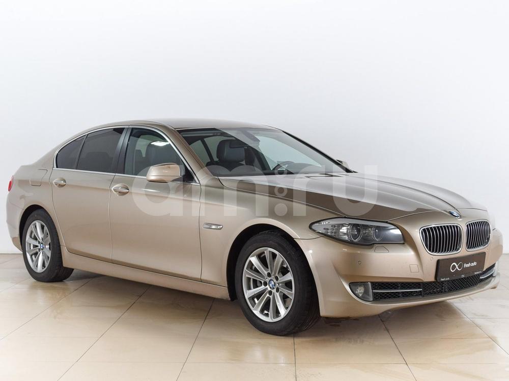 BMW 5 серия с пробегом, бежевый , отличное состояние, 2012 года выпуска, цена 1 299 000 руб. в автосалоне  ()