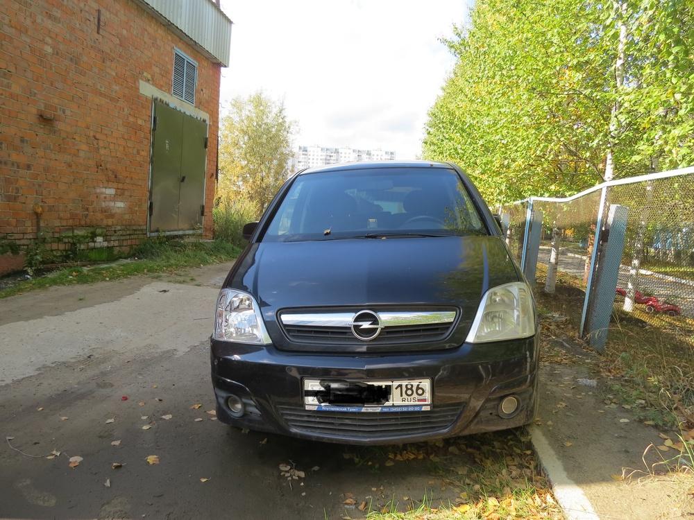 Подержанный Opel Meriva, хорошее состояние, черный , 2006 года выпуска, цена 230 000 руб. в ао. Ханты-Мансийском Автономном округе - Югре