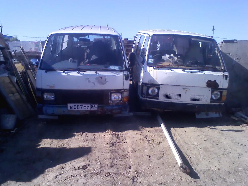 Подержанный Toyota Hiace, хорошее состояние, белый матовый, 1985 года выпуска, цена 50 000 руб. в ао. Ханты-Мансийском Автономном округе - Югре