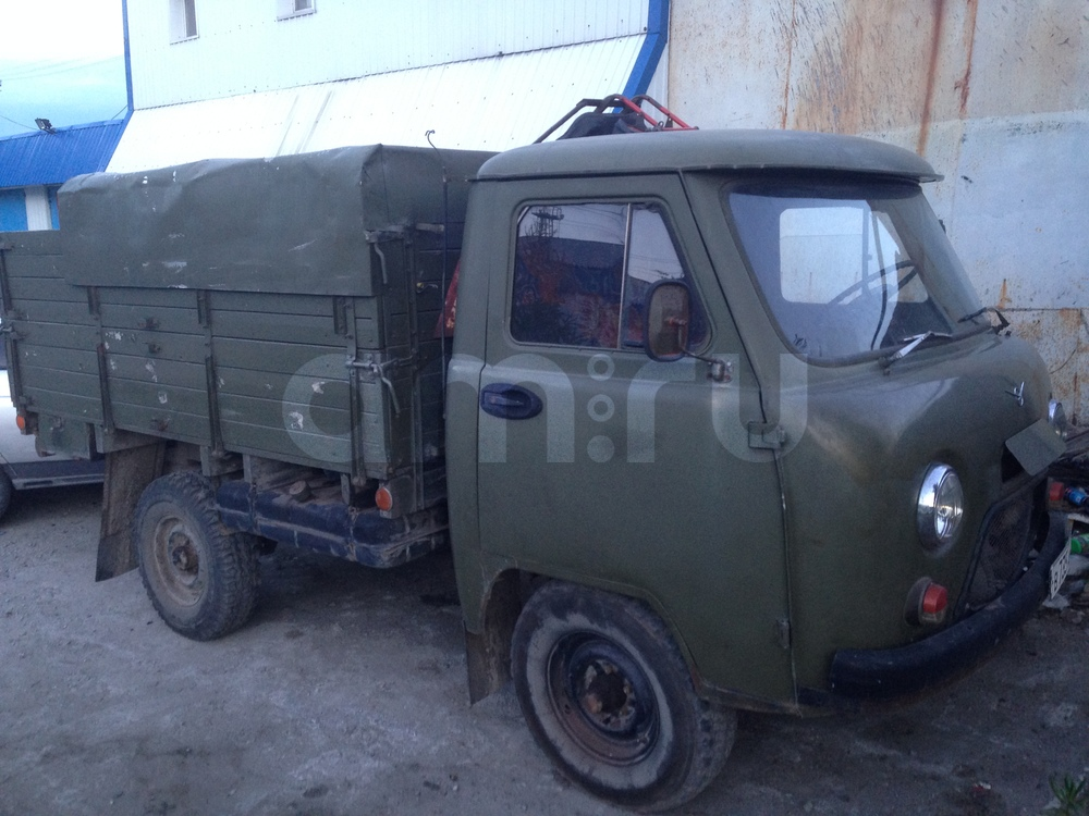 Подержанный УАЗ 452, хорошее состояние, зеленый , 1983 года выпуска, цена 100 000 руб. в ао. Ханты-Мансийском Автономном округе - Югре