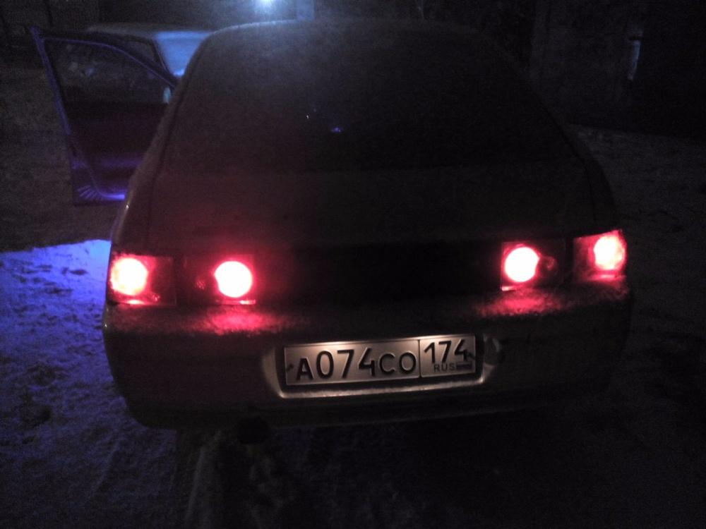 Подержанный ВАЗ (Lada) 2112, хорошее состояние, серебряный , 2003 года выпуска, цена 60 000 руб. в Челябинской области