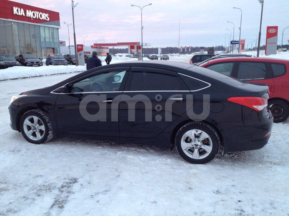 Подержанный Hyundai i40, отличное состояние, черный , 2013 года выпуска, цена 800 000 руб. в Тверской области